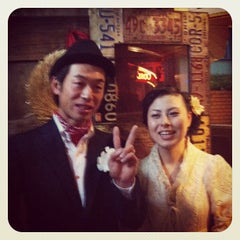 Photo taken at GRILL BAR STOVES by Akinori U. on 12/3/2011