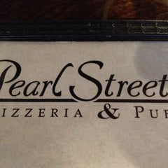 Photo taken at Pearl Street Pizzeria & Pub by Eric S. on 8/8/2012