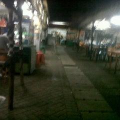 Photo taken at Taman Ubud Asri by okto p. on 8/13/2012