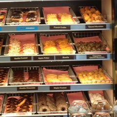 Photo taken at Dunkin Donuts by Stacey H. on 7/17/2012
