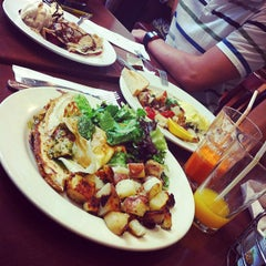 Photo taken at Crepevine by Arman S. on 9/3/2012