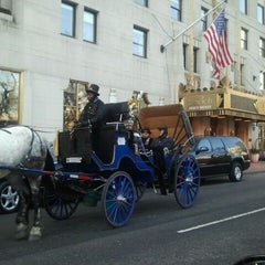 Photo taken at JW Marriott Essex House New York by AbatarCarService 7. on 1/24/2012