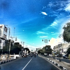 Photo taken at jln.tgk chik di tiro peuniti by Nur A. on 7/24/2012