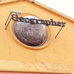 Photo taken at Geographér Café by Jeff C. on 2/4/2011