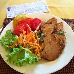 Photo taken at Restaurante Mina d'Água by Gustavo V. on 9/16/2011