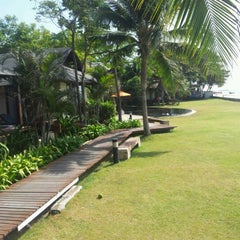 Photo taken at Fishermans Village Resort Phetchaburi by Sorathus K. on 5/1/2012