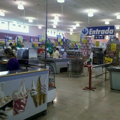 Photo taken at Lopes Supermercados by Manoel Antônio A. on 9/29/2011