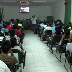 Photo taken at Instituto de Estudos Superiores da Amazônia by Ezyo L. on 4/28/2012