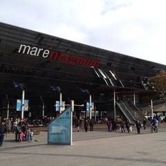 Photo taken at Maremagnum by Neimar A. on 1/29/2012