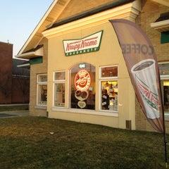 Photo taken at Krispy Kreme Doughnuts by Cleveland B. on 2/26/2012