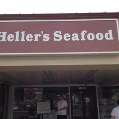 Photo taken at Heller's Seafood by Helen D. on 5/27/2012