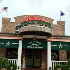 Photo taken at Saltgrass Steak House by Wong K. on 3/29/2012
