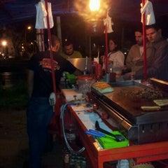 Photo taken at Raimundo Hot Dog by Guilherme C. on 1/15/2012