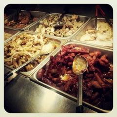 Photo taken at Dragon Gourmet Buffet by Lamaar E. on 4/17/2012