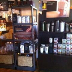 Photo taken at Starbucks by Rommel R. on 1/10/2012