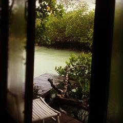 Photo taken at The Blue Sky Resort Koh Payam (เดอะบลูสกายรีสอร์ท เกาะพยาม) by Chanchai P. on 5/27/2012