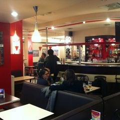 Photo taken at Café Rouge by Francois T. on 10/7/2011