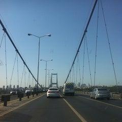 Photo taken at Boğaziçi Köprüsü Gişeleri by Çağrı Ö. on 8/22/2012