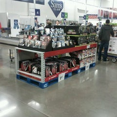 Photo taken at Sam's Club by Lacey K. on 11/28/2011