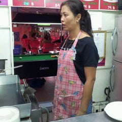 Photo taken at Enjoy Burger Bar by your-thailand.com m. on 10/23/2011