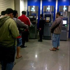 Photo taken at KCU. Bank Central Asia (BCA), Kalimalang by Ryzco R. on 11/25/2011