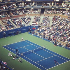 Foto tomada en Arthur Ashe Stadium - USTA Billie Jean King National Tennis Center  por Joshua A. el 9/11/2012