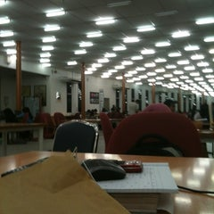 Photo taken at Siti Hasmah Digital Library by Danial J. on 9/3/2012