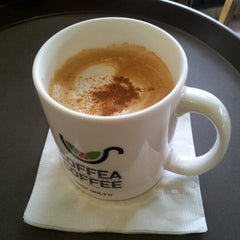 Photo taken at Coffea Coffee 코페아커피 by DH L. on 6/23/2012