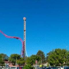 Photo taken at Dreamworld by Shaun T. on 1/4/2012
