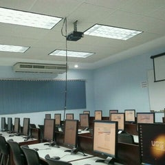 Photo taken at Centro de Computo by Rikrdo S. on 11/16/2011