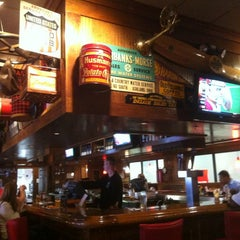 Photo taken at TGI Fridays by Bob C. on 8/23/2012