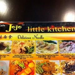 Photo taken at JoJo™ Little Kitchen by Kitwei L. on 7/12/2011
