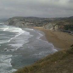 Photo taken at Playa Atxabiribil / Arrietara Hondartza by GroSsoM on 9/21/2011