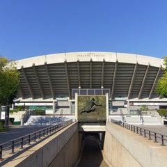 Photo taken at Court Suzanne Lenglen by Roland Garros on 1/9/2012
