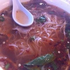 Photo taken at Jenni Pho by Knick O. on 4/4/2012