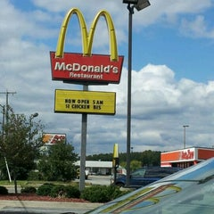 Photo taken at McDonald's by Will S. on 10/1/2011