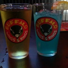 Photo taken at Buffalo Wings & Rings by Laura B. on 8/25/2011