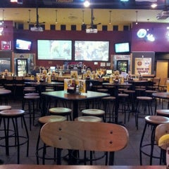 Photo taken at Buffalo Wild Wings Grill & Bar by Richard H. on 4/20/2012