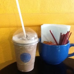 Photo taken at Dee's Coffee Company by Liney C. on 4/3/2012