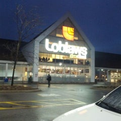 Photo taken at Loblaws by Alex P. on 2/21/2012