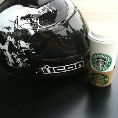 Photo taken at Starbucks by Paul H. on 6/25/2011