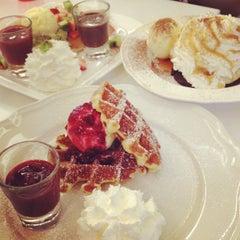 Photo taken at Pancake Café (แพนเค้ก คาเฟ่) by Ponly B. on 5/20/2012