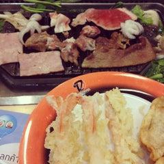 Photo taken at Daidomon (ไดโดมอน) by Looktao D. on 8/4/2012