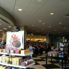 Photo taken at Barnes & Noble by Jowell C. on 6/20/2012