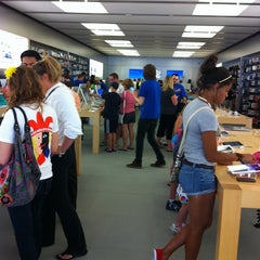 Photo taken at Apple Store, Partridge Creek by Tisha P. on 8/23/2011
