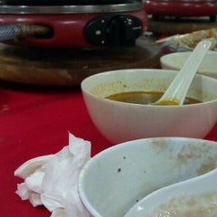 Photo taken at Sri Petaling Steamboat Palace by Stephanie L. on 8/27/2011