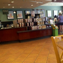 Photo taken at Barnes & Noble by Jon S. on 8/12/2012