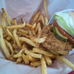 Photo taken at PDQ Tenders Salads & Sandwiches by liliana s. on 10/30/2011