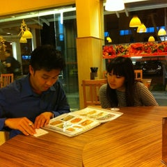 Photo taken at Forest Dew Restaurant by Randall Kho on 11/9/2011
