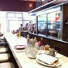 Photo taken at David's Delicatessen & Restaurant by Tibor B. on 6/14/2011